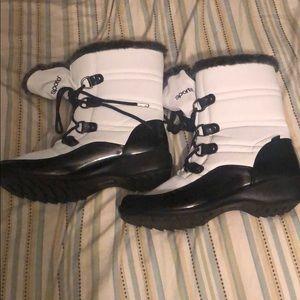 Sporto Women Winter Boots Size 9